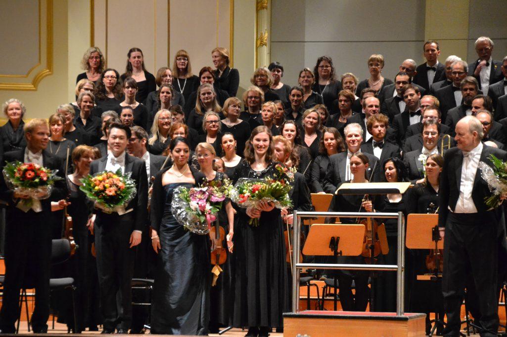 Mozart – Vesperae solennes de Dominica und Requiem
